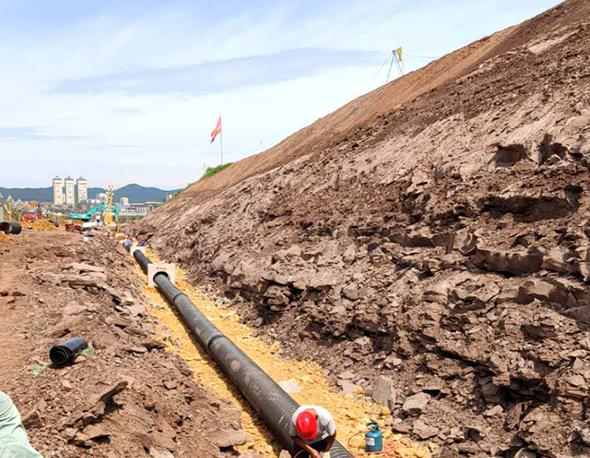 四川西充县南西大道污水管安装